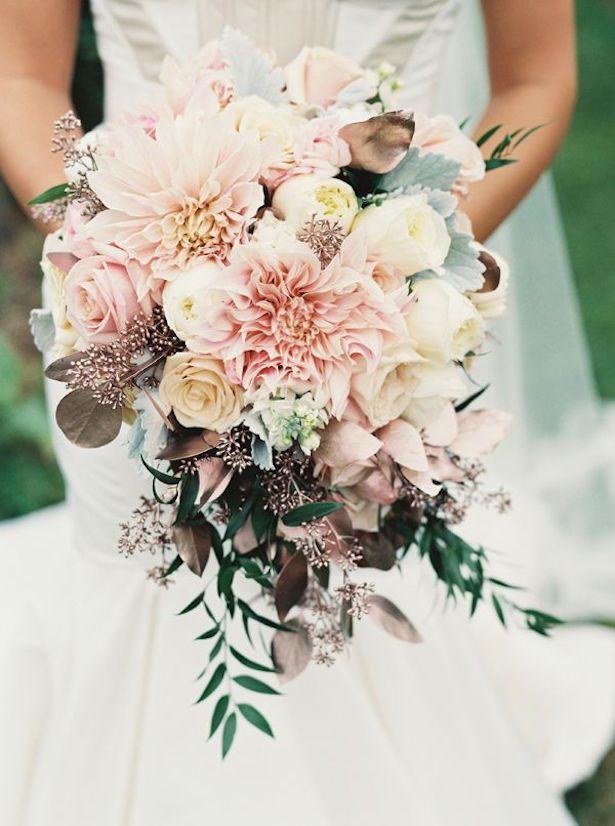 Bruidsbloemen bloemisten bruidsboeketten