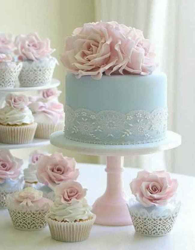 Bruidstaart in licht roze