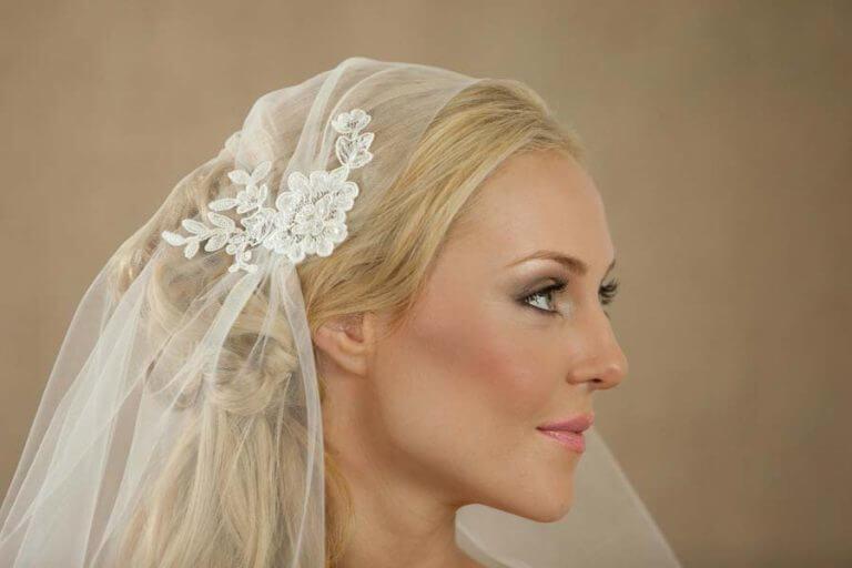 Het dragen van een bruidssluier