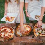 Fastfood snacks op bruiloft