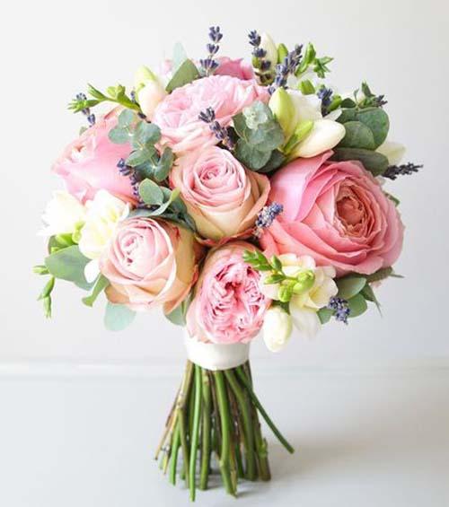 kleur-roze-bruidsboeket